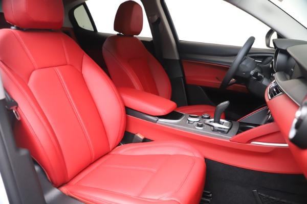 New 2021 Alfa Romeo Stelvio Ti Q4 for sale Sold at Bugatti of Greenwich in Greenwich CT 06830 21