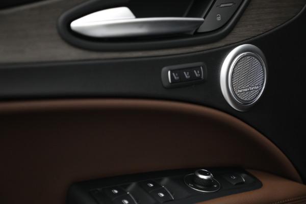New 2021 Alfa Romeo Stelvio Ti Q4 for sale $54,840 at Bugatti of Greenwich in Greenwich CT 06830 20