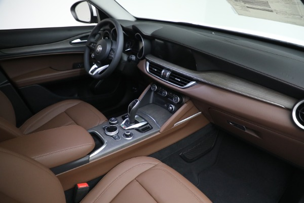 New 2021 Alfa Romeo Stelvio Ti Q4 for sale $54,840 at Bugatti of Greenwich in Greenwich CT 06830 27