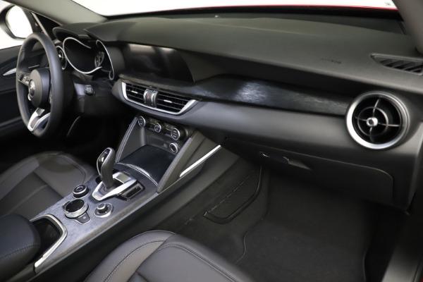 New 2021 Alfa Romeo Stelvio Q4 for sale $50,535 at Bugatti of Greenwich in Greenwich CT 06830 23