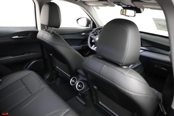 New 2021 Alfa Romeo Stelvio Q4 for sale $50,535 at Bugatti of Greenwich in Greenwich CT 06830 26