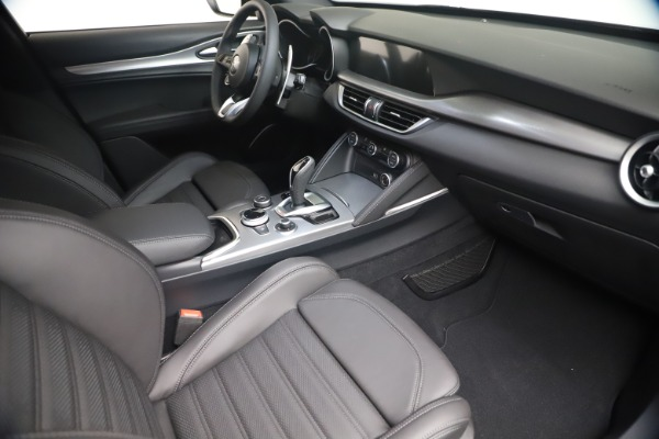 New 2021 Alfa Romeo Stelvio Ti Sport Q4 for sale $56,900 at Bugatti of Greenwich in Greenwich CT 06830 18