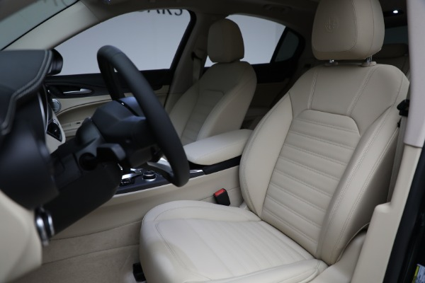 New 2021 Alfa Romeo Stelvio Ti Q4 for sale Sold at Bugatti of Greenwich in Greenwich CT 06830 15