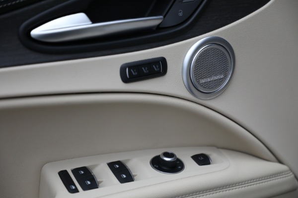 New 2021 Alfa Romeo Stelvio Ti Q4 for sale Sold at Bugatti of Greenwich in Greenwich CT 06830 18
