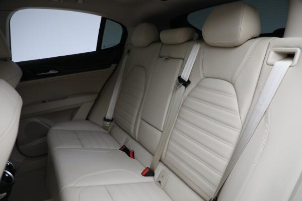 New 2021 Alfa Romeo Stelvio Ti Q4 for sale Sold at Bugatti of Greenwich in Greenwich CT 06830 25