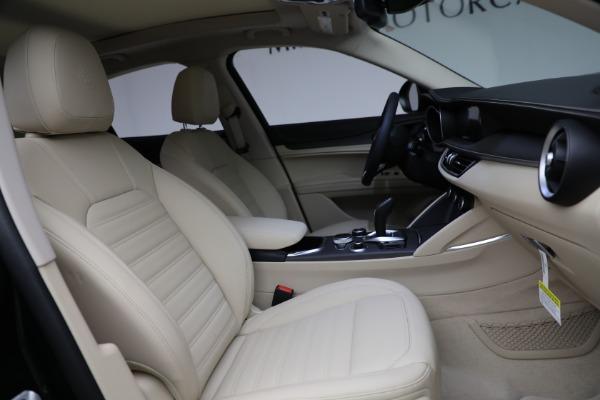 New 2021 Alfa Romeo Stelvio Ti Q4 for sale Sold at Bugatti of Greenwich in Greenwich CT 06830 28