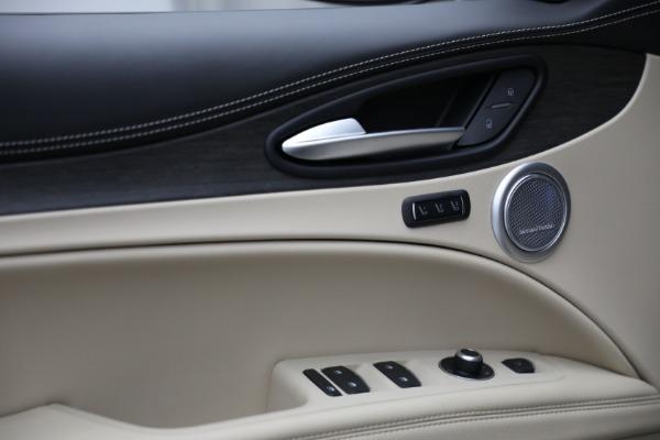 New 2021 Alfa Romeo Stelvio Ti Lusso Q4 for sale $57,400 at Bugatti of Greenwich in Greenwich CT 06830 14