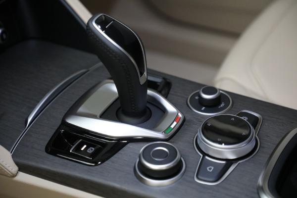 New 2021 Alfa Romeo Stelvio Ti Lusso Q4 for sale $57,400 at Bugatti of Greenwich in Greenwich CT 06830 20