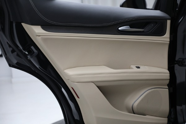 New 2021 Alfa Romeo Stelvio Ti Lusso Q4 for sale $57,400 at Bugatti of Greenwich in Greenwich CT 06830 24