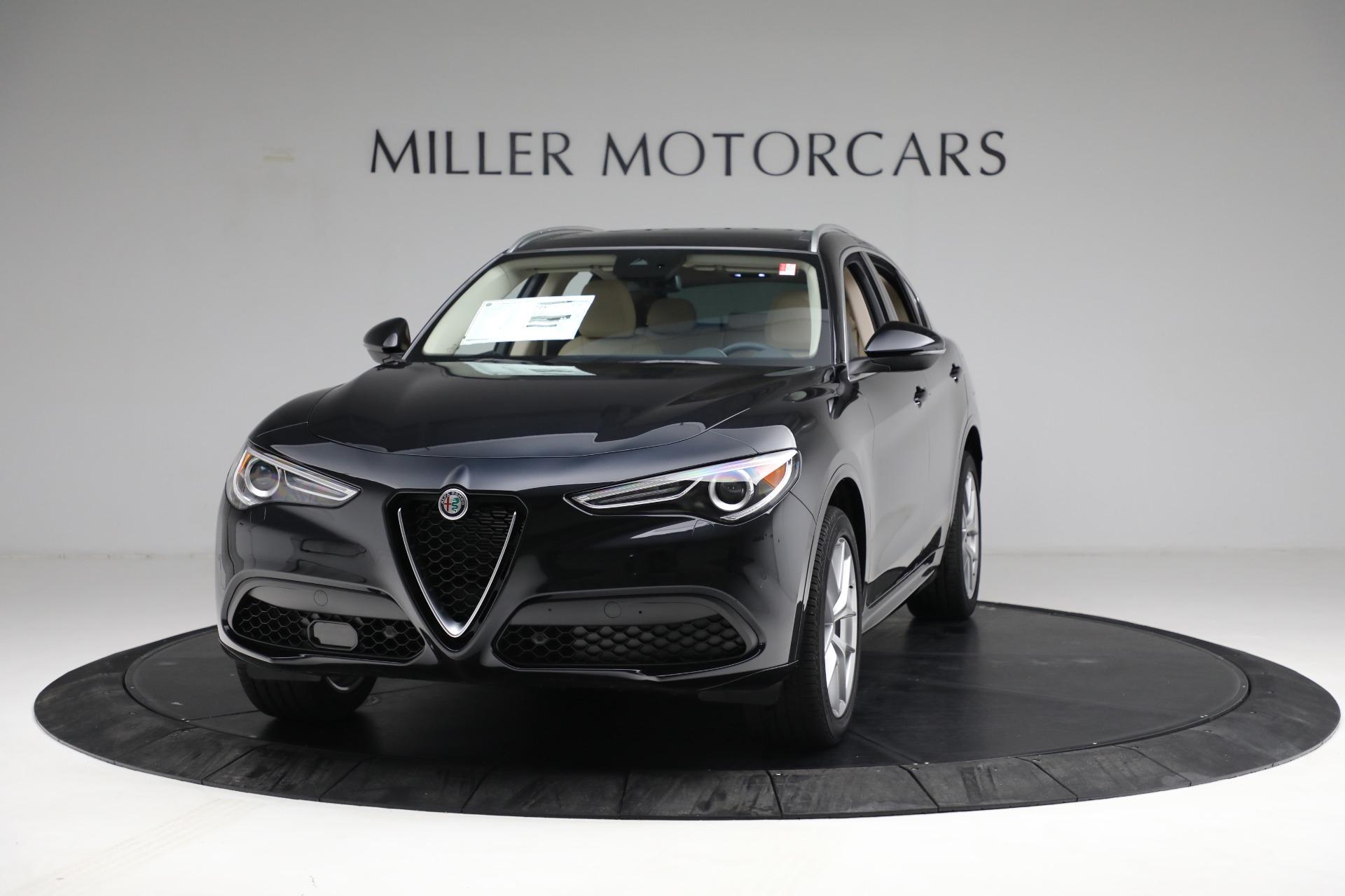 New 2021 Alfa Romeo Stelvio Ti Lusso Q4 for sale $57,400 at Bugatti of Greenwich in Greenwich CT 06830 1