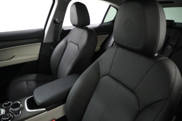 New 2021 Alfa Romeo Stelvio Ti Q4 for sale $54,400 at Bugatti of Greenwich in Greenwich CT 06830 16