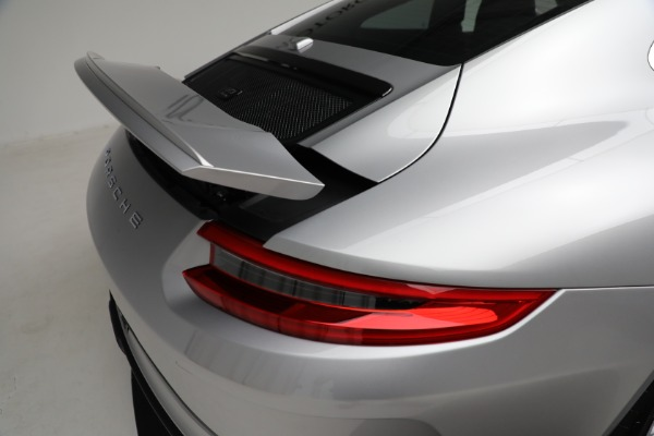Used 2018 Porsche 911 GT3 Touring for sale $245,900 at Bugatti of Greenwich in Greenwich CT 06830 25