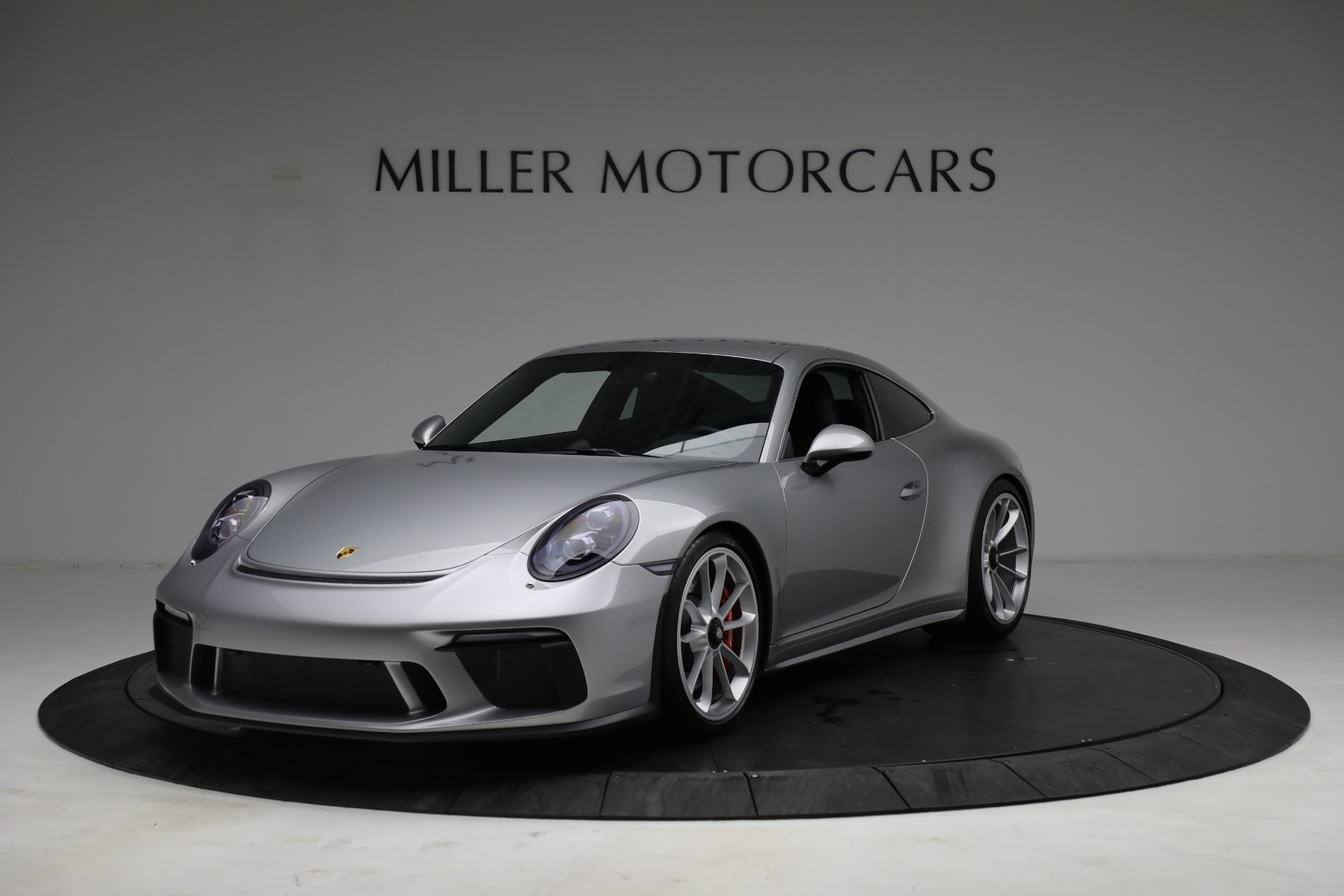 Used 2018 Porsche 911 GT3 Touring for sale $245,900 at Bugatti of Greenwich in Greenwich CT 06830 1