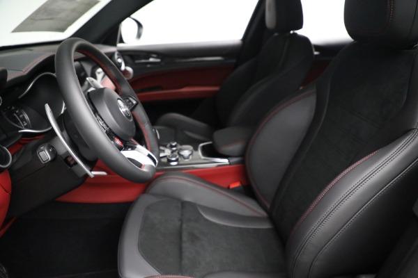 New 2021 Alfa Romeo Stelvio Quadrifoglio for sale $88,550 at Bugatti of Greenwich in Greenwich CT 06830 14
