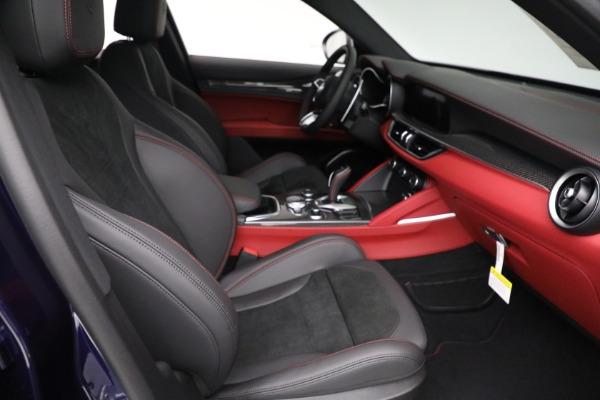 New 2021 Alfa Romeo Stelvio Quadrifoglio for sale $88,550 at Bugatti of Greenwich in Greenwich CT 06830 21