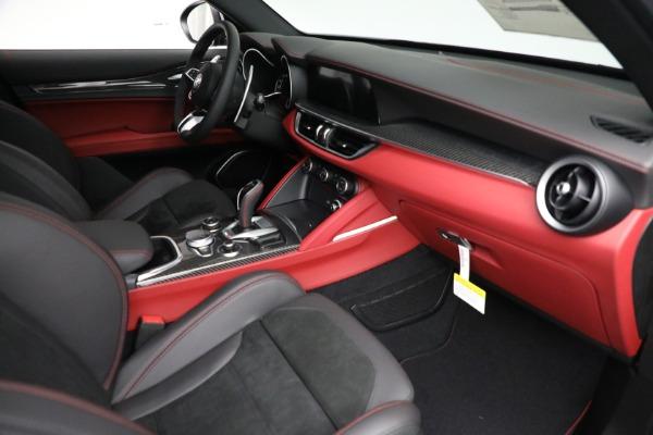 New 2021 Alfa Romeo Stelvio Quadrifoglio for sale $88,550 at Bugatti of Greenwich in Greenwich CT 06830 22