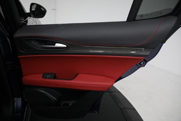 New 2021 Alfa Romeo Stelvio Quadrifoglio for sale $88,550 at Bugatti of Greenwich in Greenwich CT 06830 26