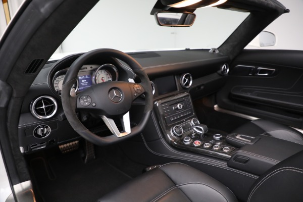 Used 2012 Mercedes-Benz SLS AMG for sale $159,900 at Bugatti of Greenwich in Greenwich CT 06830 15
