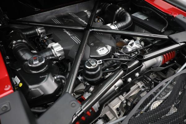 Used 2017 Lamborghini Aventador LP 750-4 SV for sale $599,900 at Bugatti of Greenwich in Greenwich CT 06830 26