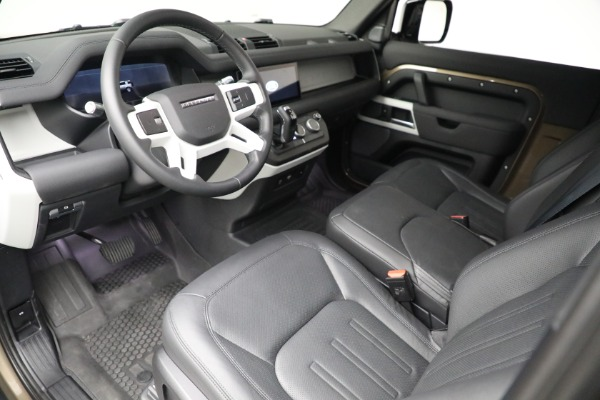 Used 2021 Land Rover Defender 90 First Edition for sale $69,900 at Bugatti of Greenwich in Greenwich CT 06830 17