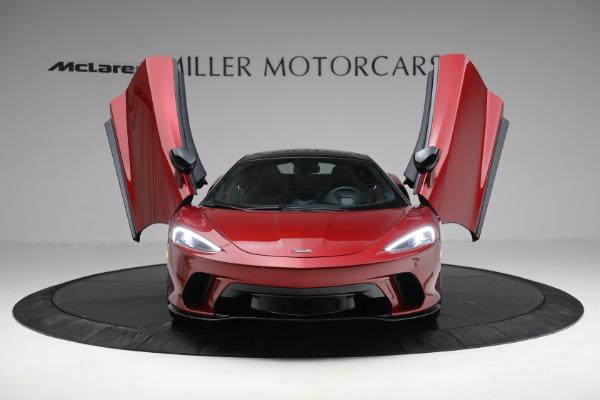 New 2021 McLaren GT for sale $217,275 at Bugatti of Greenwich in Greenwich CT 06830 12