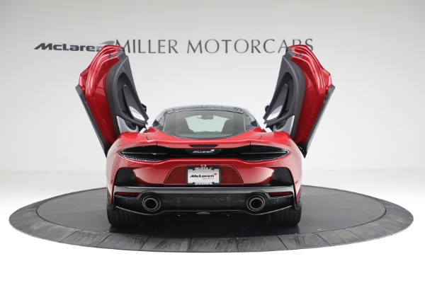 New 2021 McLaren GT Luxe for sale $217,275 at Bugatti of Greenwich in Greenwich CT 06830 16