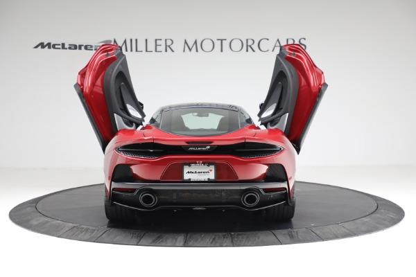 New 2021 McLaren GT for sale $217,275 at Bugatti of Greenwich in Greenwich CT 06830 16
