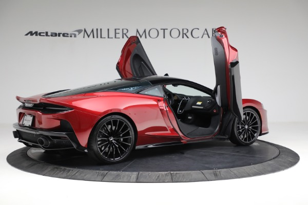 New 2021 McLaren GT Luxe for sale $217,275 at Bugatti of Greenwich in Greenwich CT 06830 17