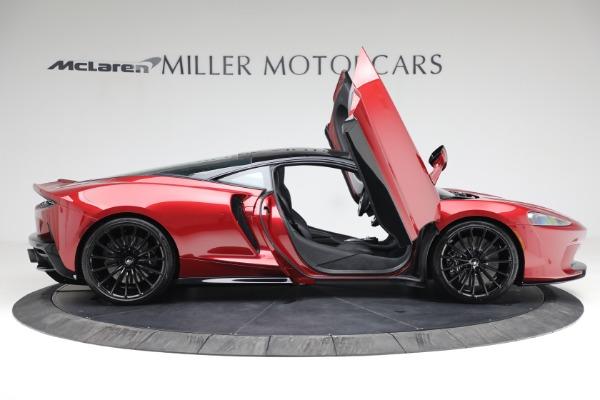 New 2021 McLaren GT for sale $217,275 at Bugatti of Greenwich in Greenwich CT 06830 18