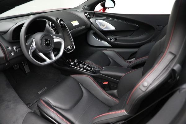 New 2021 McLaren GT for sale $217,275 at Bugatti of Greenwich in Greenwich CT 06830 22