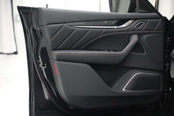 New 2021 Maserati Levante S GranSport for sale $105,849 at Bugatti of Greenwich in Greenwich CT 06830 13