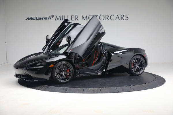 New 2021 McLaren 720S Performance for sale $344,500 at Bugatti of Greenwich in Greenwich CT 06830 17