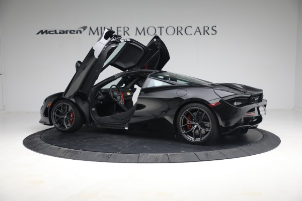 New 2021 McLaren 720S Performance for sale $344,500 at Bugatti of Greenwich in Greenwich CT 06830 19