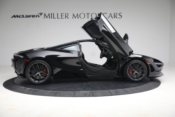 New 2021 McLaren 720S Performance for sale $344,500 at Bugatti of Greenwich in Greenwich CT 06830 24