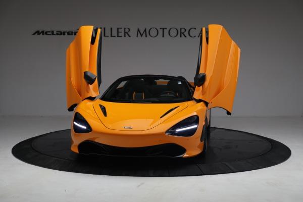 New 2021 McLaren 720S Spider for sale $378,110 at Bugatti of Greenwich in Greenwich CT 06830 13