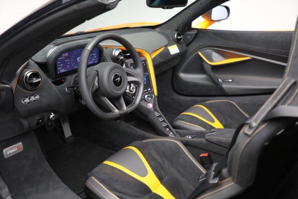 New 2021 McLaren 720S Spider for sale $378,110 at Bugatti of Greenwich in Greenwich CT 06830 24