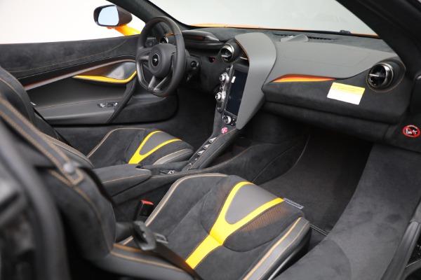 New 2021 McLaren 720S Spider for sale $378,110 at Bugatti of Greenwich in Greenwich CT 06830 27