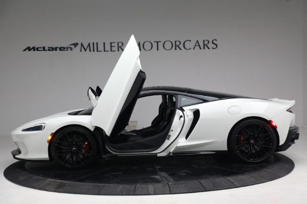 New 2021 McLaren GT Luxe for sale $217,205 at Bugatti of Greenwich in Greenwich CT 06830 15