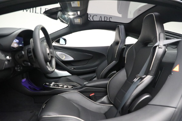 New 2021 McLaren GT Luxe for sale $217,205 at Bugatti of Greenwich in Greenwich CT 06830 18
