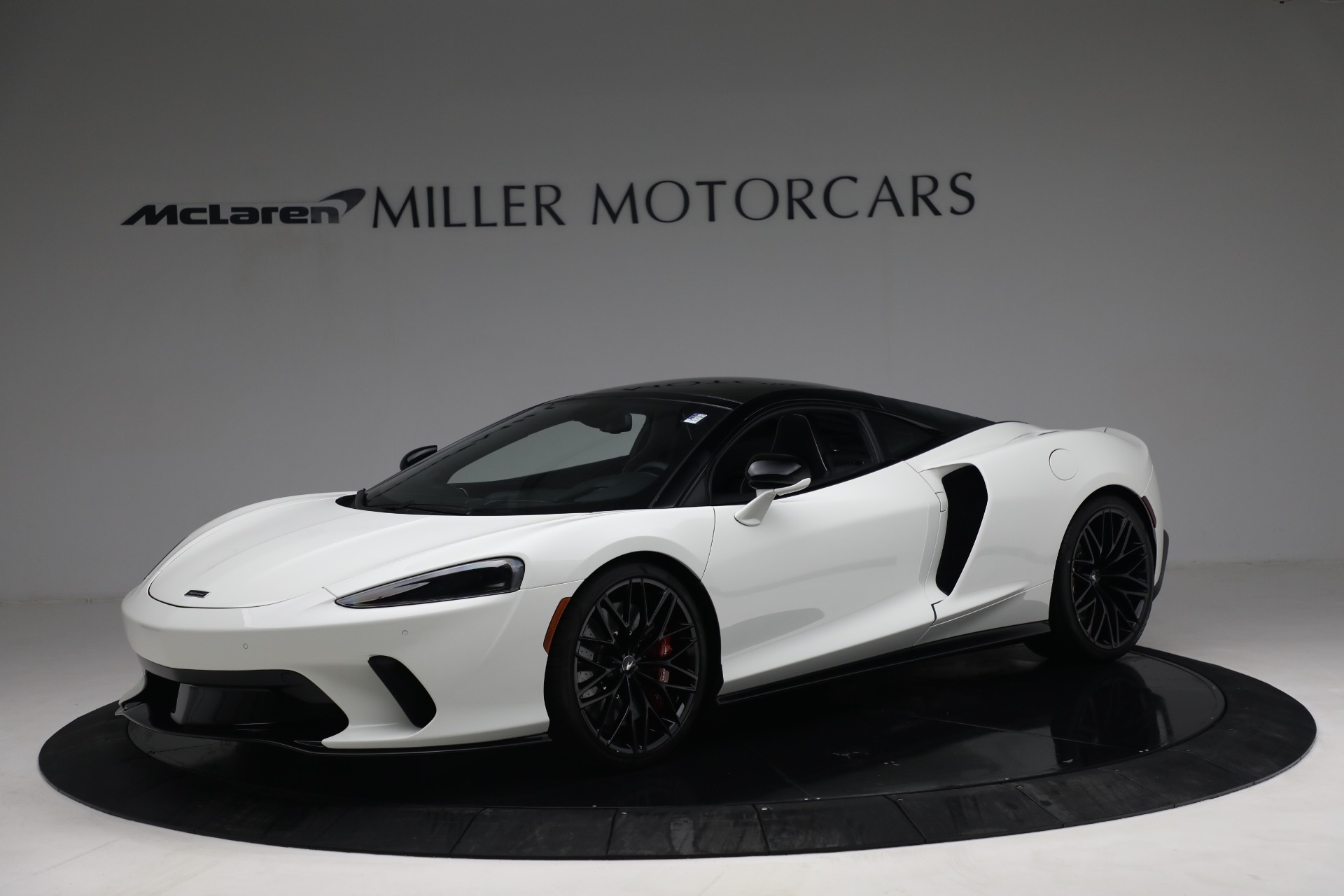 New 2021 McLaren GT Luxe for sale $217,205 at Bugatti of Greenwich in Greenwich CT 06830 1