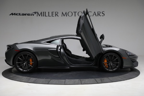 Used 2020 McLaren 570S for sale Sold at Bugatti of Greenwich in Greenwich CT 06830 18
