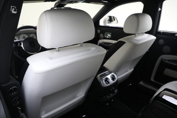 Used 2017 Rolls-Royce Ghost for sale $219,900 at Bugatti of Greenwich in Greenwich CT 06830 17