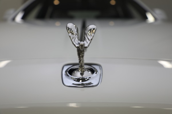 Used 2017 Rolls-Royce Ghost for sale $219,900 at Bugatti of Greenwich in Greenwich CT 06830 22