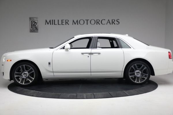 Used 2017 Rolls-Royce Ghost for sale $219,900 at Bugatti of Greenwich in Greenwich CT 06830 3
