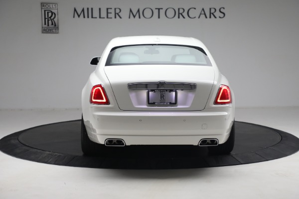 Used 2017 Rolls-Royce Ghost for sale $219,900 at Bugatti of Greenwich in Greenwich CT 06830 5