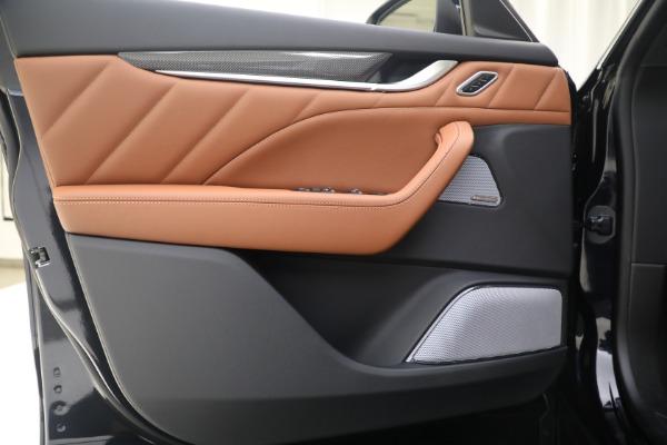 New 2021 Maserati Levante S GranSport for sale Sold at Bugatti of Greenwich in Greenwich CT 06830 17