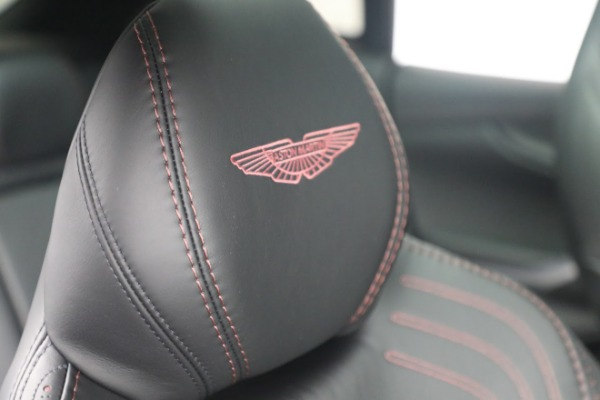 New 2021 Aston Martin DBX for sale $196,386 at Bugatti of Greenwich in Greenwich CT 06830 19