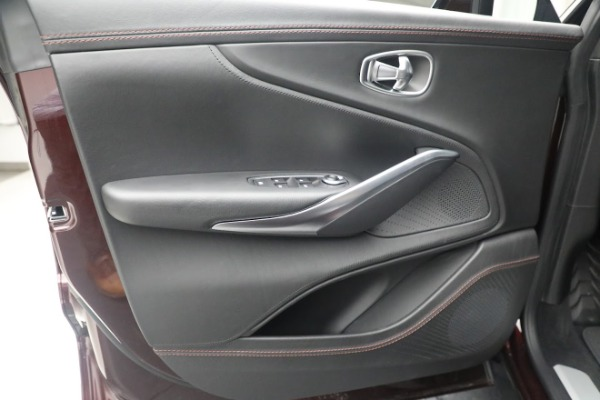 New 2021 Aston Martin DBX for sale $196,386 at Bugatti of Greenwich in Greenwich CT 06830 20