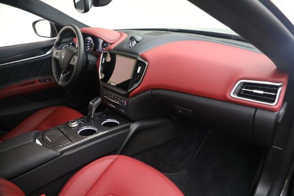 New 2021 Maserati Ghibli SQ4 GranLusso for sale Sold at Bugatti of Greenwich in Greenwich CT 06830 21