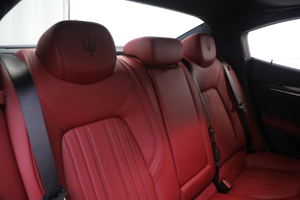 New 2021 Maserati Ghibli SQ4 GranLusso for sale Sold at Bugatti of Greenwich in Greenwich CT 06830 24